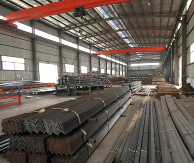 Q235B SS400 A36 S235JR Thin Rolled Formed Angles Steel from China Suppliers